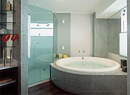 banheiro-com-banheiras-1
